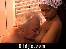 Teen my grandpa penis fucked in body teasing cabin shower. Domina Popova