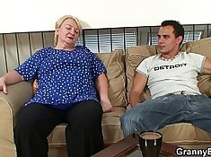 Curvy Granny Works Out Bodystation